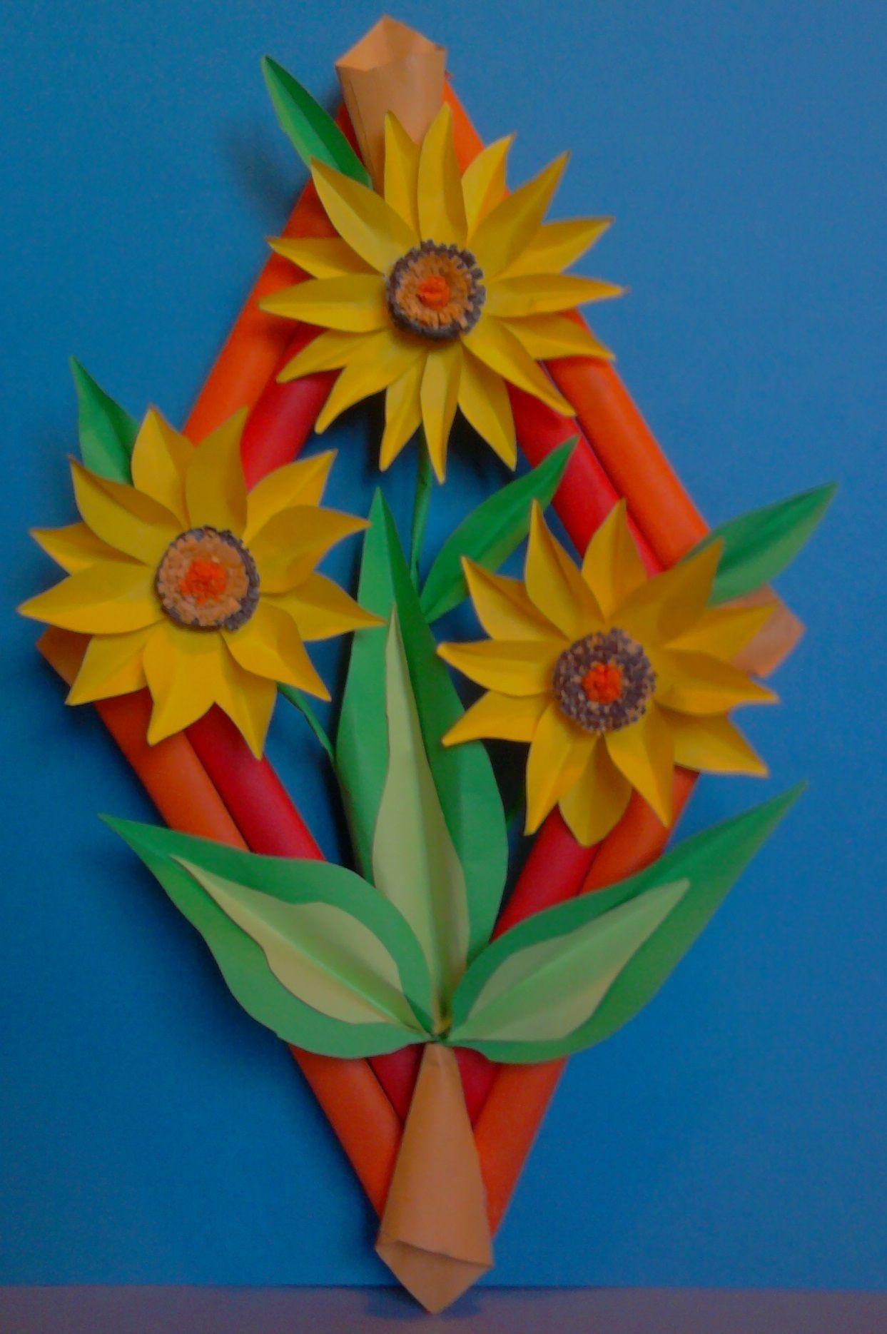Kwiaty Z Papieru Ikebana Prace Plastyczne Dariusz Zolynski Flowers Paper Paper Flowers Orgiami Kiriga Flower Crafts Paper Flower Crafts Paper Flowers