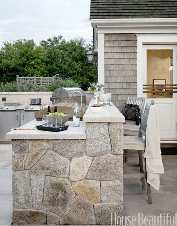 You Ll Never Want To Cook Inside Again When You See These Outdoor Kitchens Outdoor Kitchen Outdoor Kitchen Design Outdoor Living Rooms
