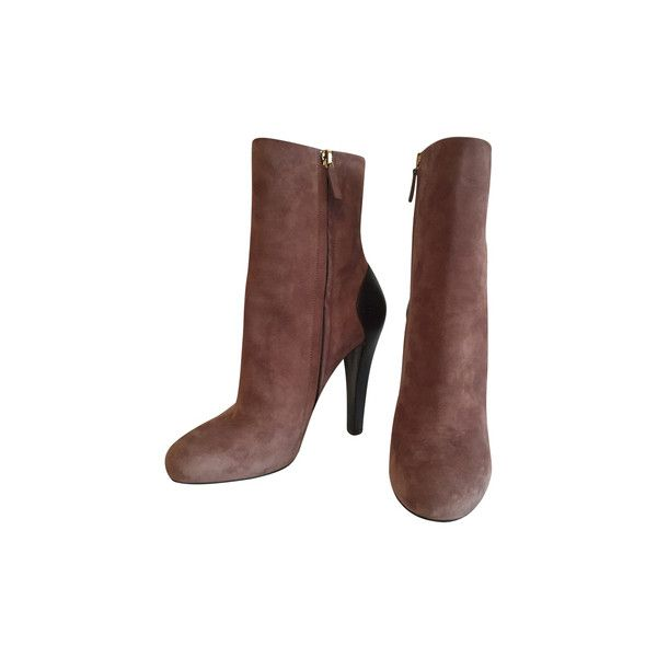 Pre-owned Boots ($350) ❤ liked on Polyvore featuring shoes, boots, taupe, taupe boots, gucci, taupe shoes, pre owned shoes and gucci shoes