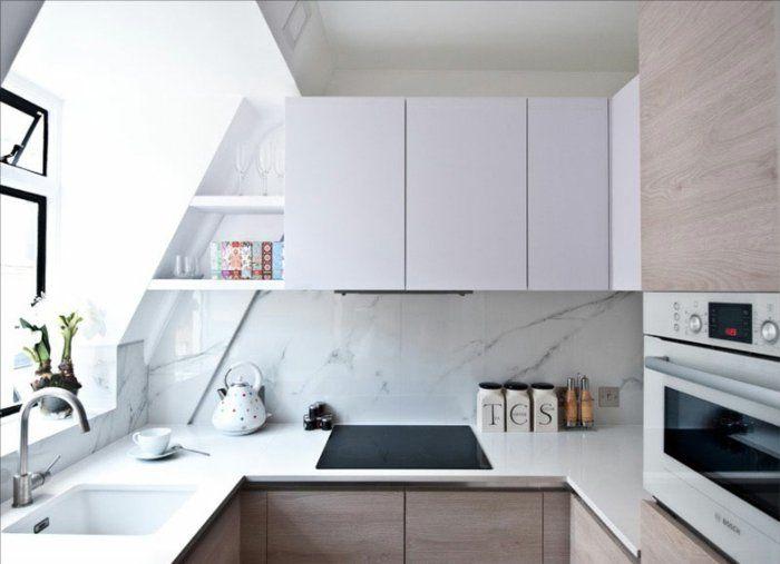 Kleine küchen weiße arbeitsfläche fenster