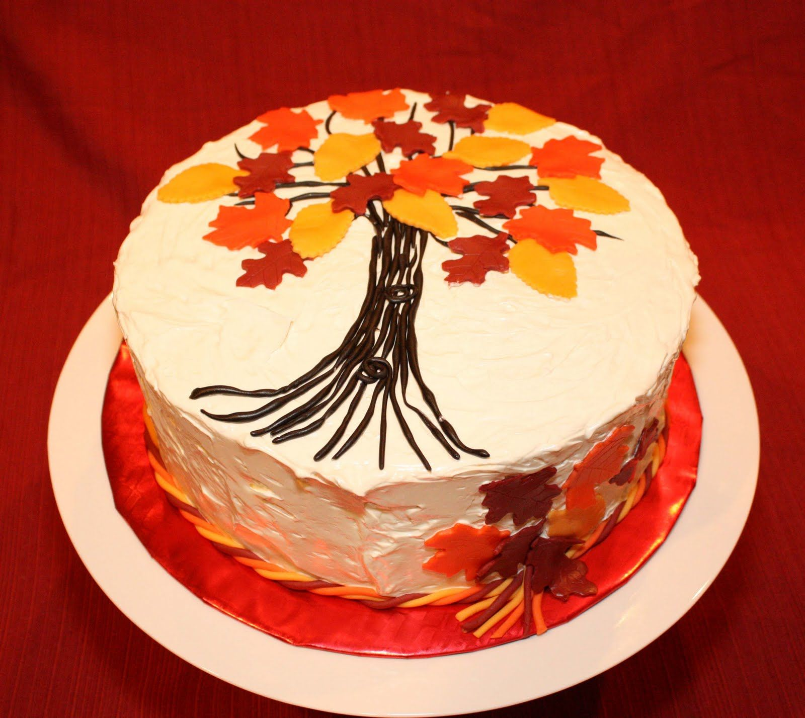 fall cakes Here are some of our favorite Fall Cakes decorating