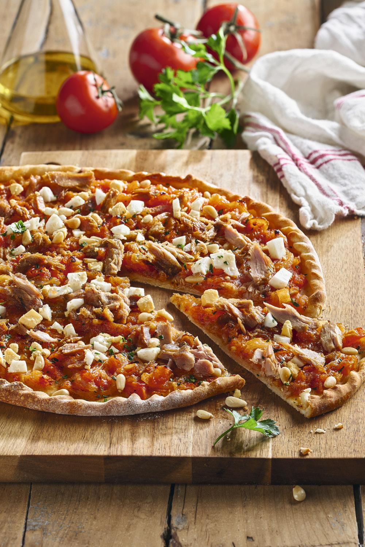 Recetas Que Puedes Hacer Con Una Lata De Atún Y Poquísimo Esfuerzo Masa Para Pizza Pizza Casera Masa De Pizza Casera