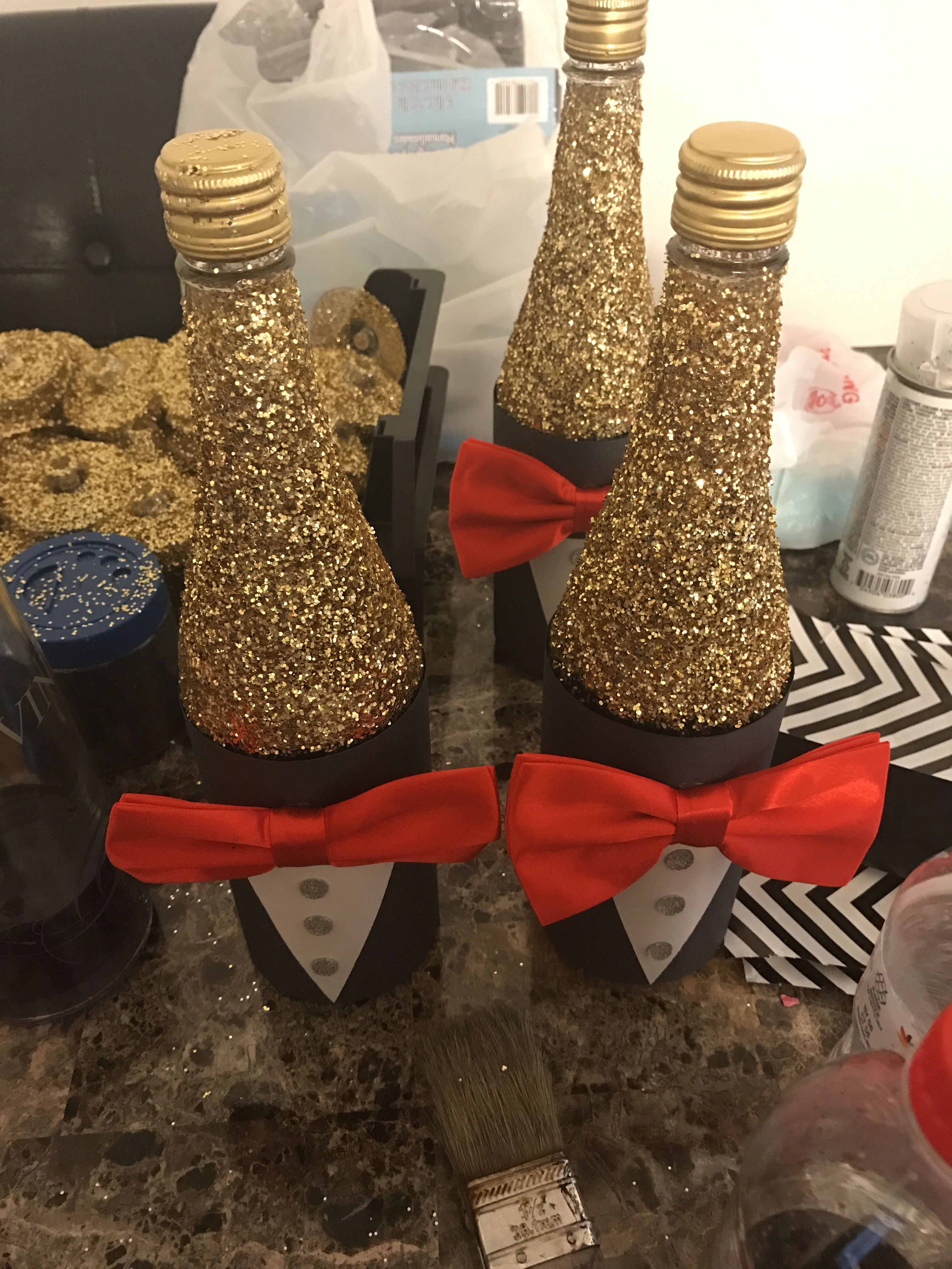 Red carpet theme Sweet 16 centerpieces #sweet16centerpieces
