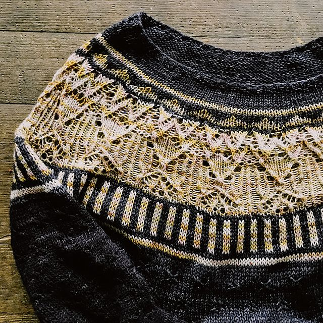 Zweig pattern by Caitlin Hunter | Ravelry, Patterns and Knitting ideas