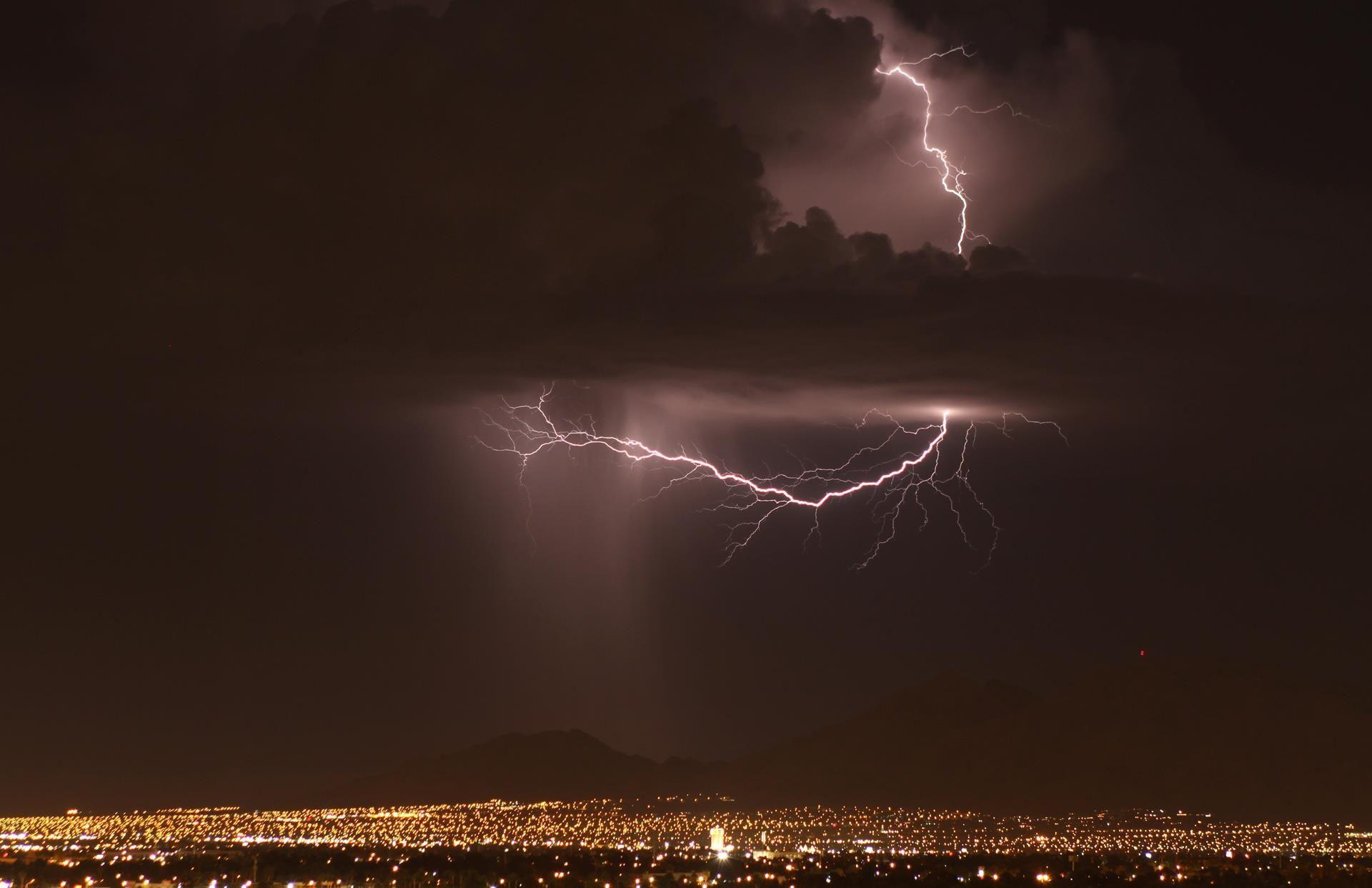 Las vegas lightning sept 2011 poster movie posters las