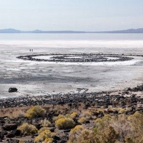 Robert Smithson S Spiral Jetty In Utah Great Salt Lake Photography Pinterest Ri Chard Salts And