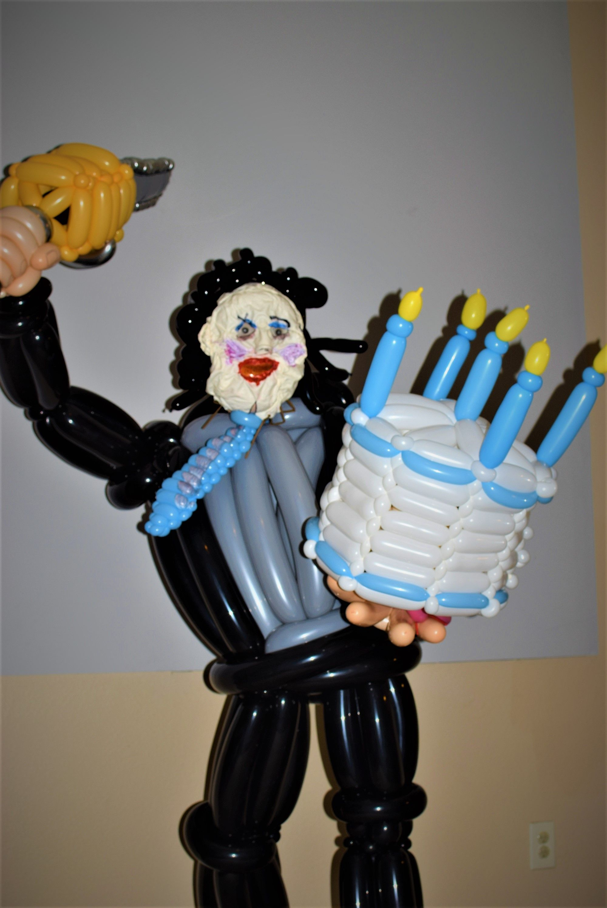Texas Chainsaw Massacre Leatherface Birthday Balloon Sculpture By Las Vegas Artist And Entertainer Jeremy