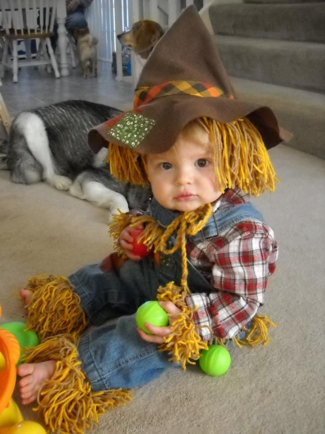 A Very Cute Homemade Scarecrow Costume For Kids #scarecrowcostumediy