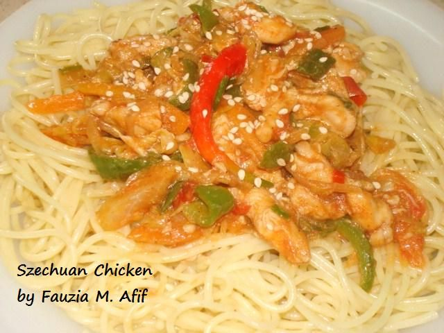An easy, healthy and extremely delicious Chinese recipe made up of strips of chicken cooked with green pepper/capsicum, tomatoes, cabbage, onions and spices. I've served it with pasta, but it goes well with fried rice too.