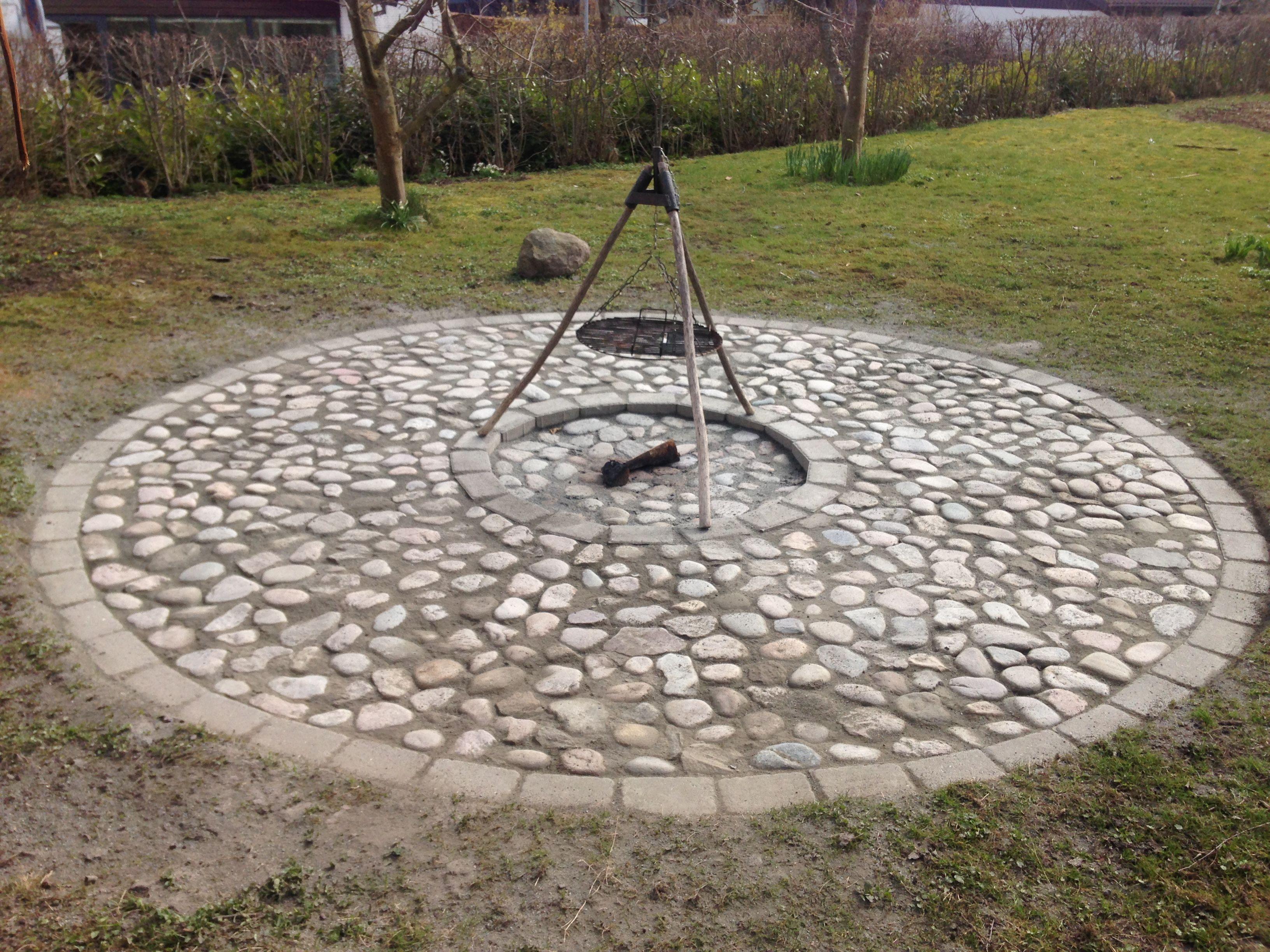 Seriøst Bålsted i pigsten - Villa Thurø | Firepit i 2019 | Fireplace KM34