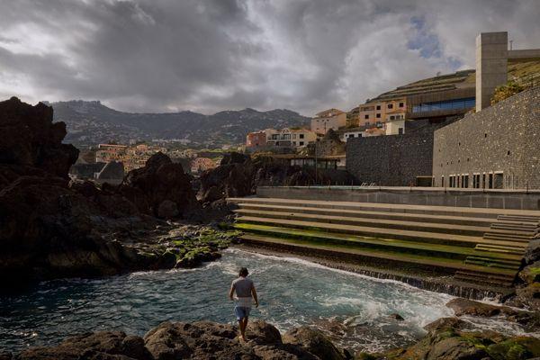 Atlantico Swimming Pools Salinas Promenade By Paulo David Swimming Pools Swimming Pool