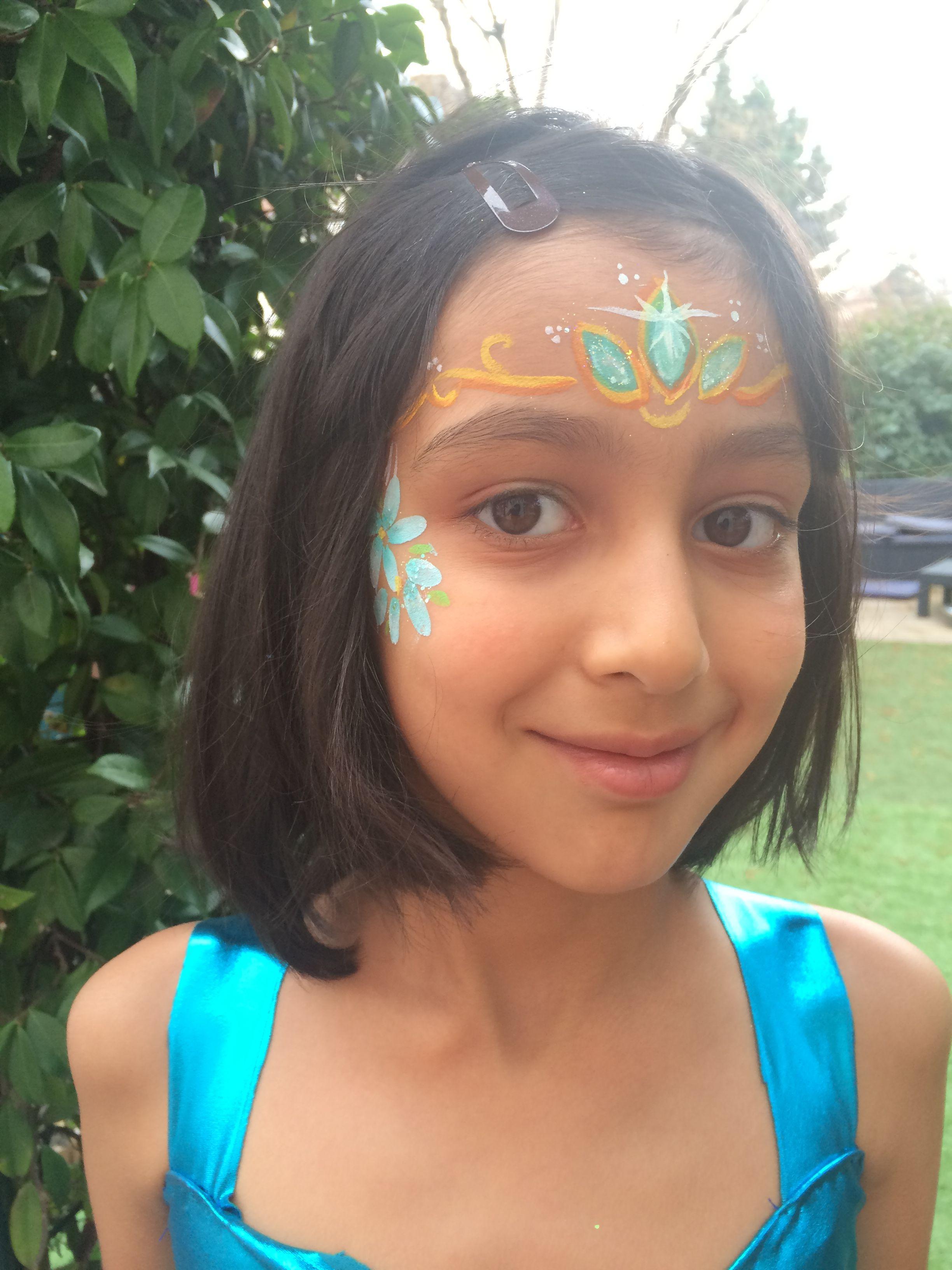 Maquillage enfant à Lyon par Crayon de Soleil - couronne de princesse bleue - face pai ...