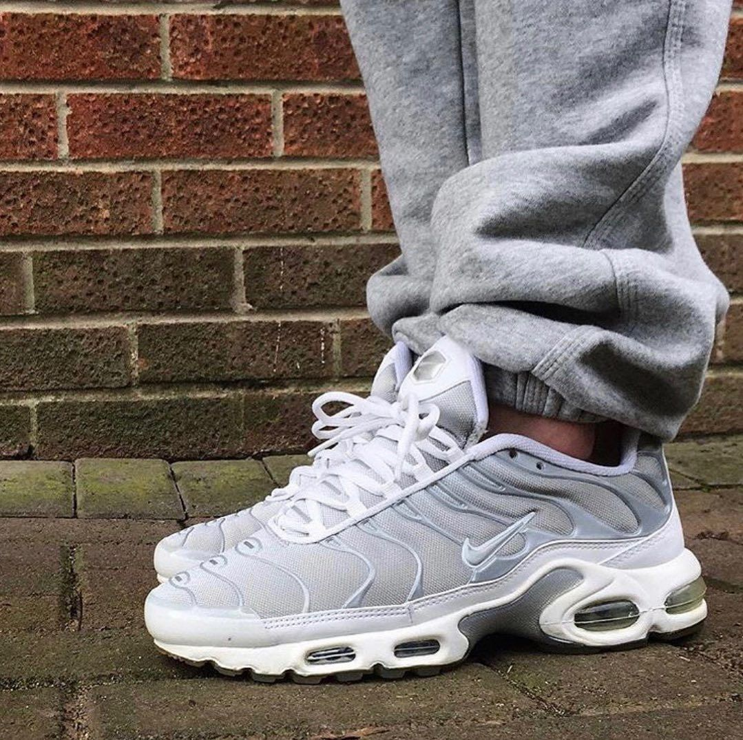 0⃣1⃣ WMNS Nike Air Max Plus TN , worn by the homie
