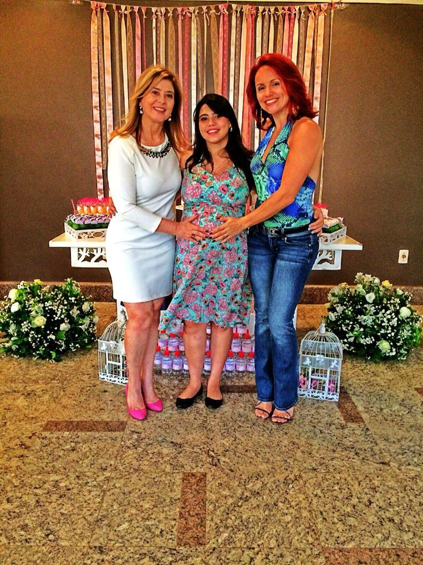 Painel de fitas e minha linda mãe com minha super nona da Herbalife Thalita Zago