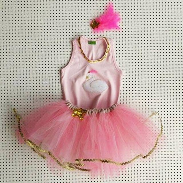 Flamingo Esta Na Moda E Virou Fantasia Vem Ver Mais Modelinhos Super Descolados Para Sua Menina Na Selecao Do Shop It Mae Fantasias Infantis Fantasias Moda