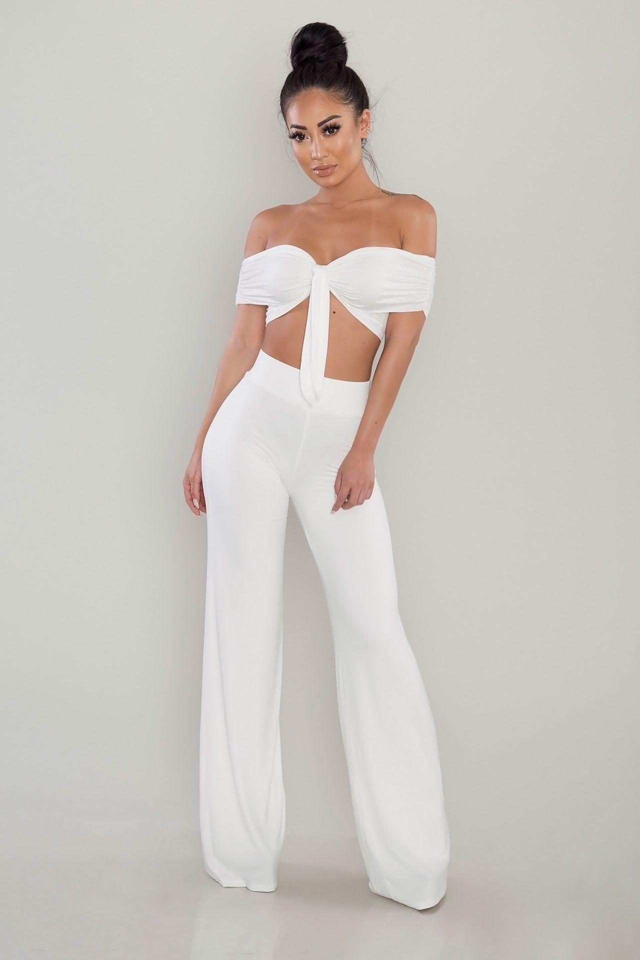 Pin By Wigdis Karoliussen On Clothes Two Piece Outfit White Two Piece Outfit Outfits [ 1921 x 1280 Pixel ]