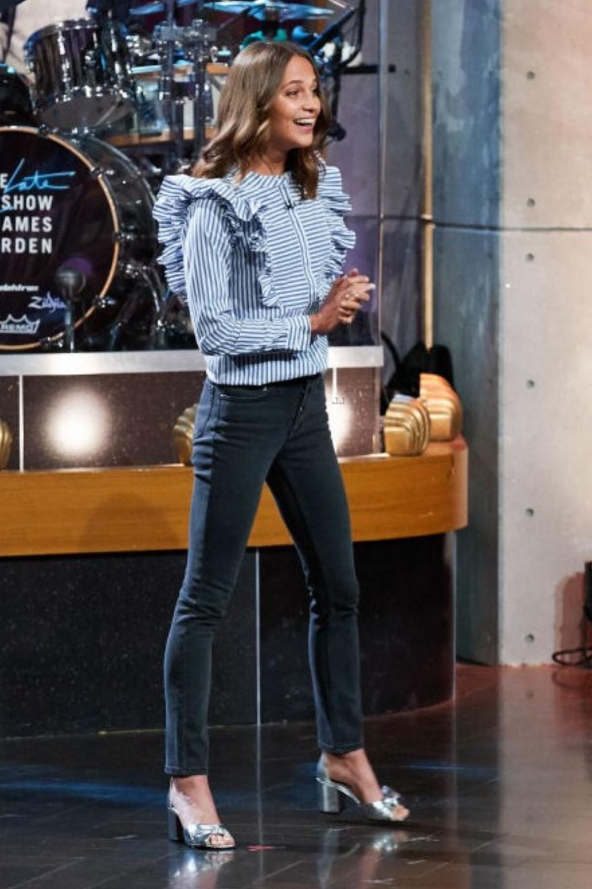 Alicia Vikander The Late Late Show With James Corden September 19 ...