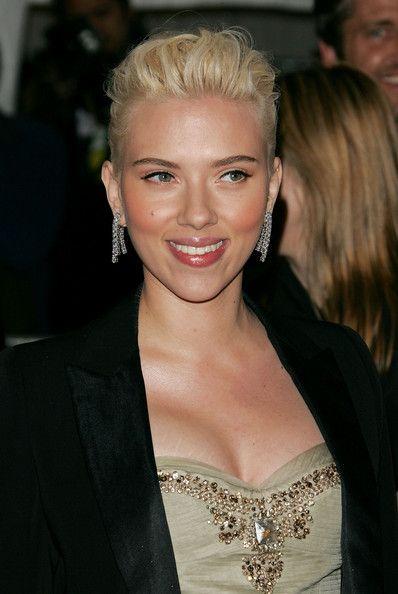 Scarlett Johansson lesbické sex