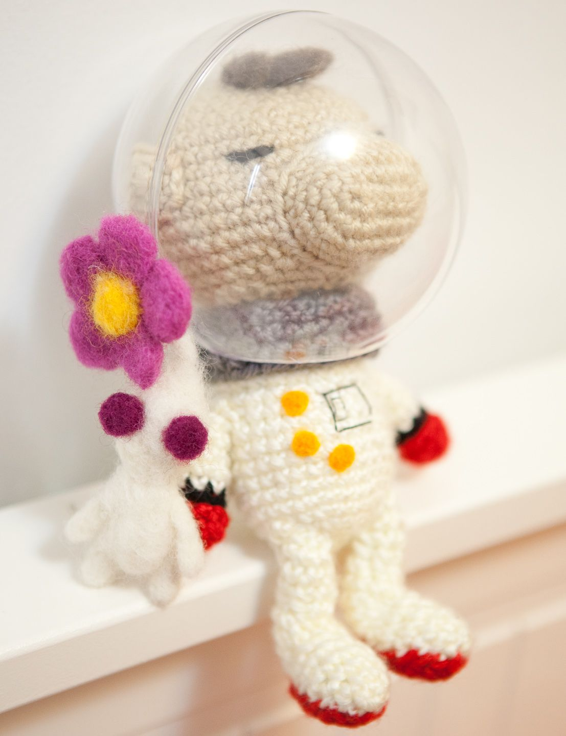 Amigurumi/Crochet Captain Olimar and Pikmin. thebhivecreations.com ...