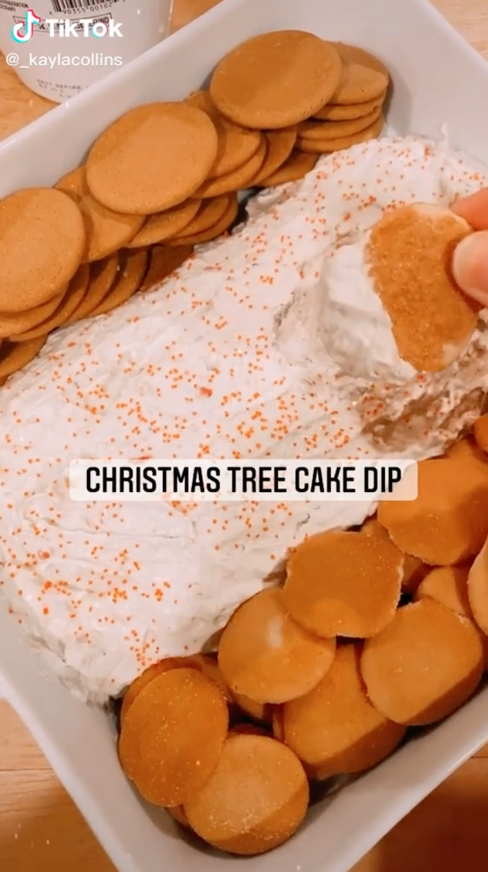 Here S How To Make The Little Debbie Christmas Tree Cake Dip Everyone S Talking About Cake Dip Christmas Cooking Tree Cakes