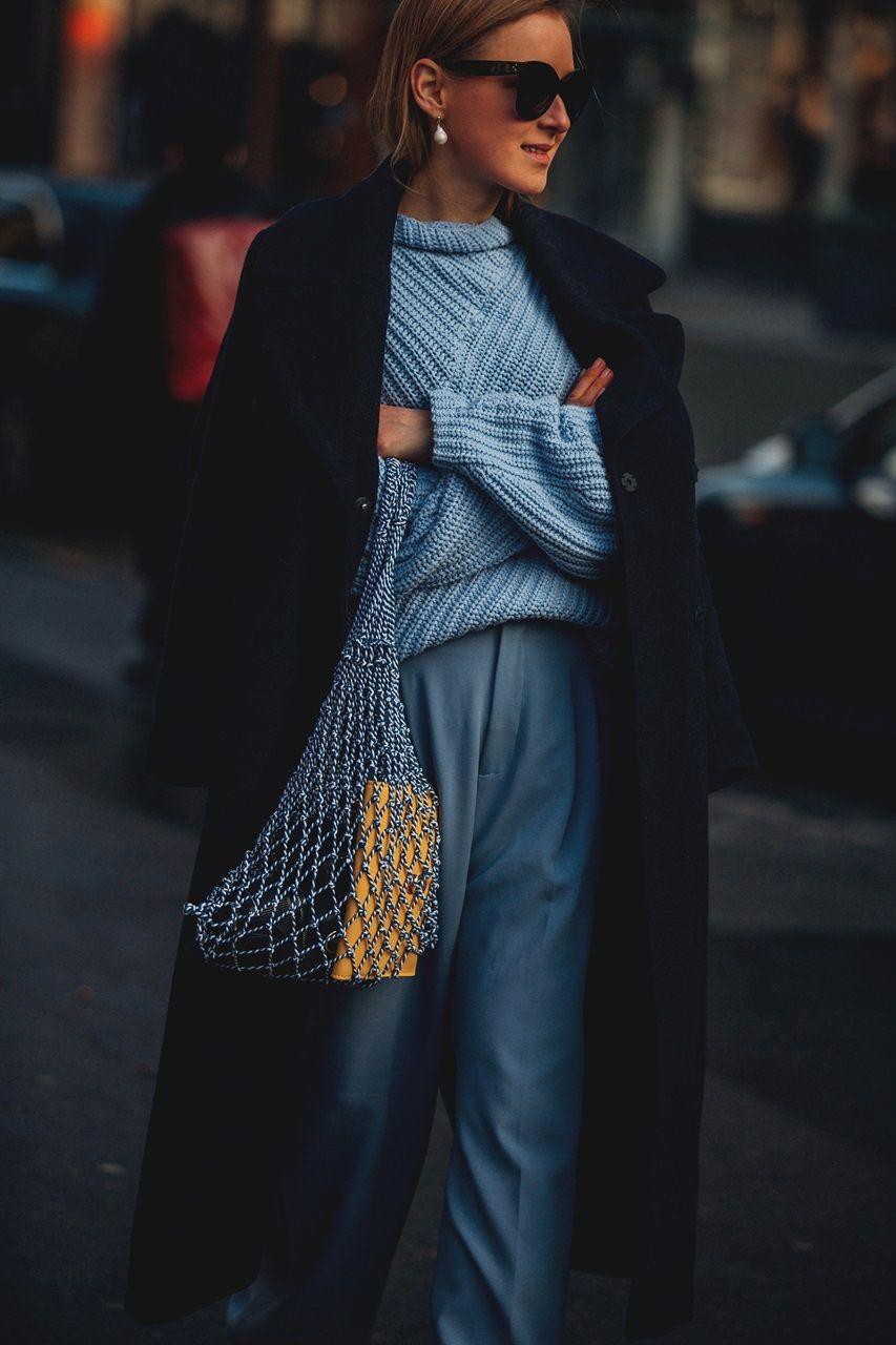 4e967c173aa5 I look più originali e le nuove tendenze di street style direttamente dalla Paris  Fashion Week