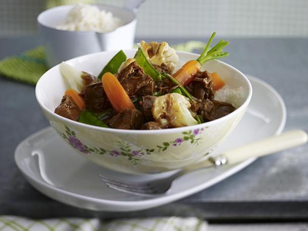 Unser beliebtes Rezept für Junges Gemüse mit Lamm-Ragout in Zimt-Kurkuma-Soße und mehr als 65.000 weitere kostenlose Rezepte auf LECKER.de.