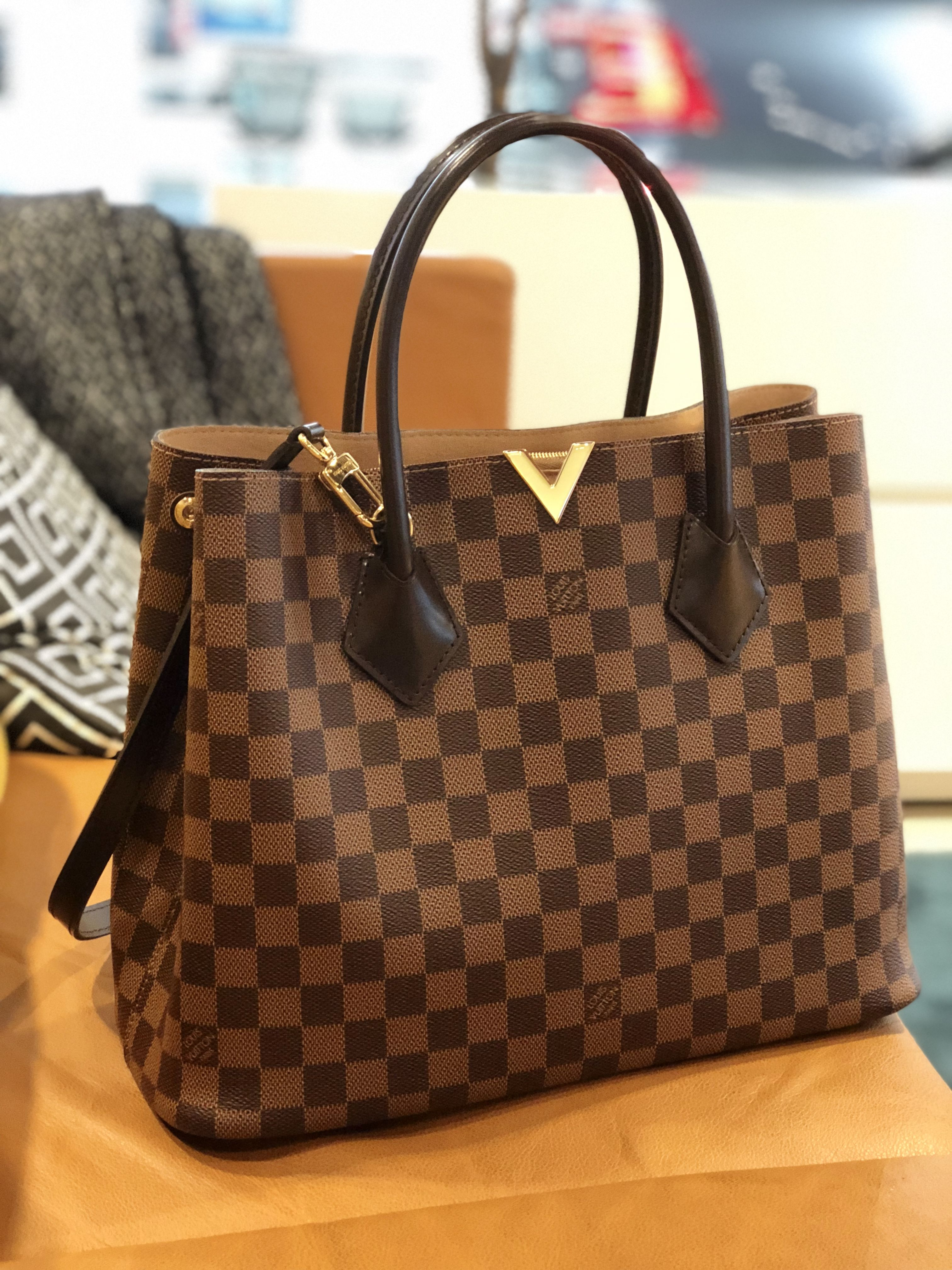 Pin by Esther Tan on Louis Vuitton in 2019  d0316213c69b7