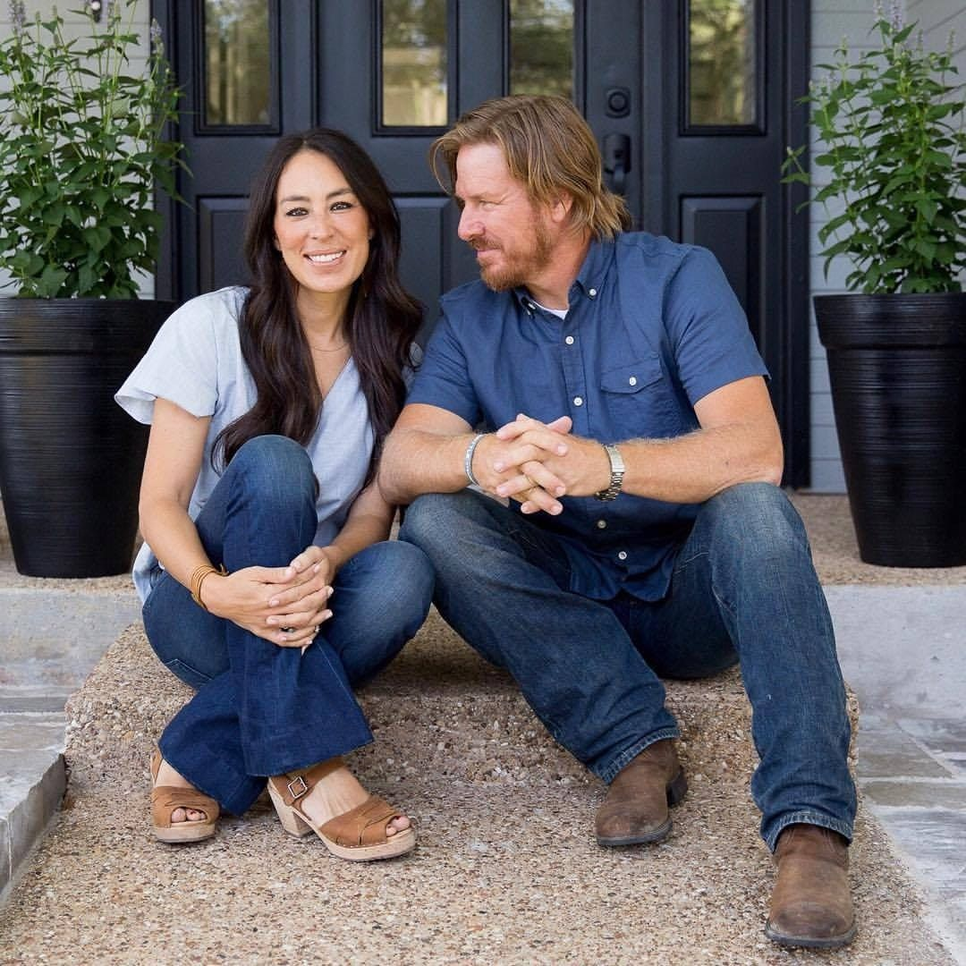 here s why chip joanna are ending fixer upper. Black Bedroom Furniture Sets. Home Design Ideas