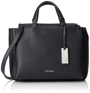 74fbf775ffe04 Calvin Klein Damen CARRI3 DUFFLE Tornistertasche Schwarz (BLACK ...