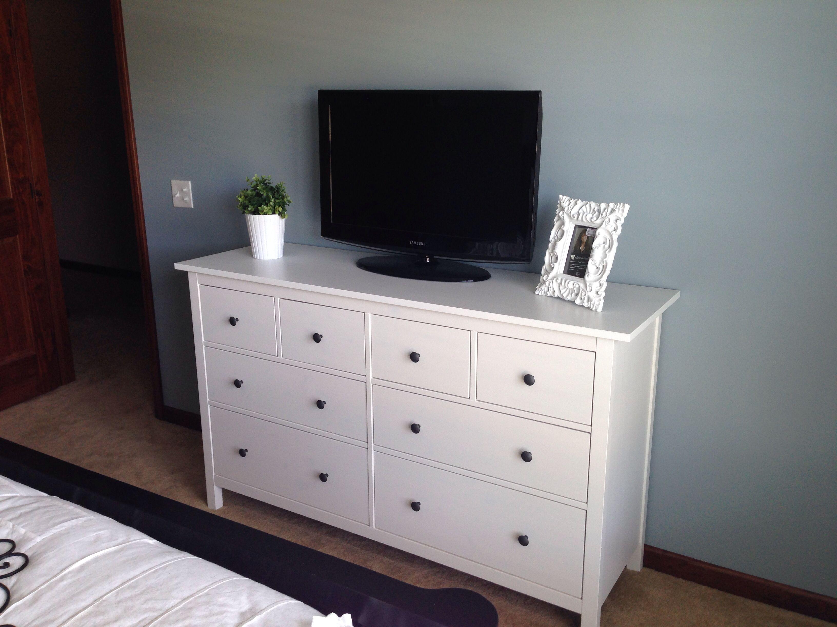 Ikea Hemnes dresser in the guest room. Paint is Blue Arrow by Valspar.  bedroom ...