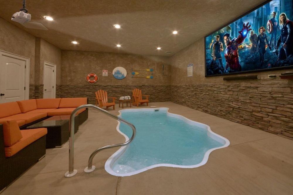 Gatlinburg Cabin Rentals In The Smoky Mountains Indoor Pool House Indoor Pool Pool House Designs