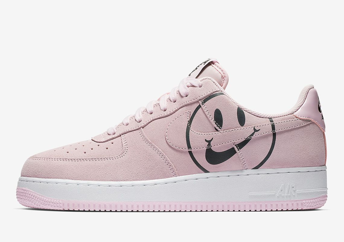 The Have A Nike Day Smiley Face Appears On The Nike Air