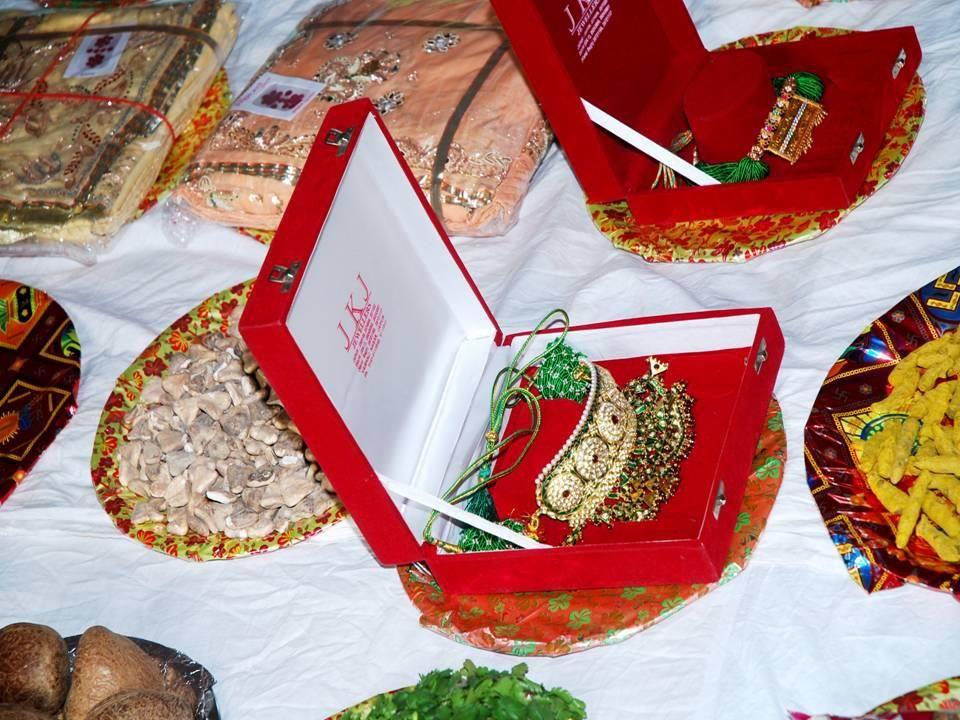 Rajputi Padla | Rajasthani Hues | Pinterest | Indian bridal and Gold