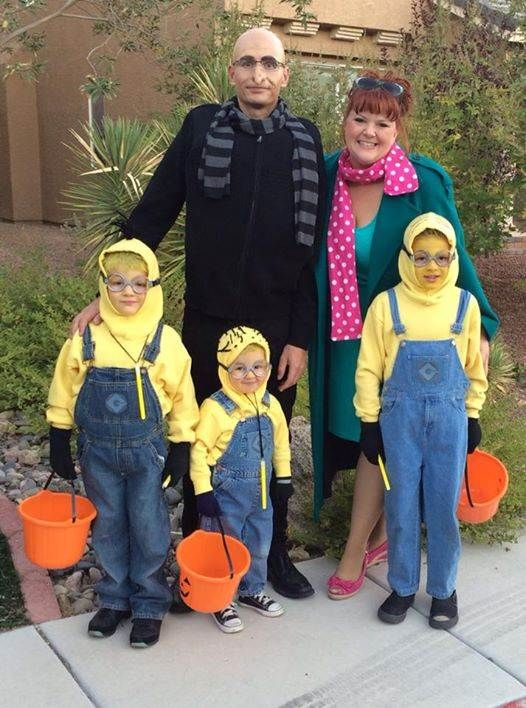 Do you speak Minion? The more minions the better. Leslie Taylor Sullivan shows us three along with Gru (love the nose and scarf) and Lucy.  sc 1 st  Pinterest & 19 of the cutest family theme costumes for Halloween | Pinterest ...
