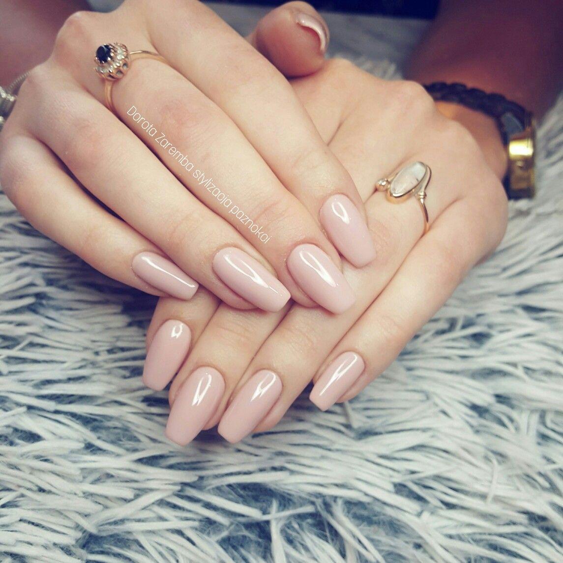Natural nails, nude nails, design nails, glamour nails, style nails ...