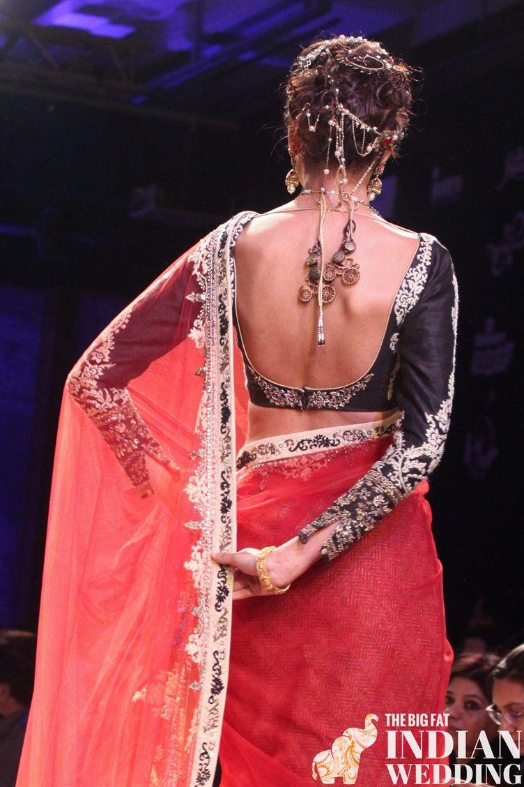 Anju Modi\'s Manikarnika Collection {Lakme Fashion Week Winter 2014 ...