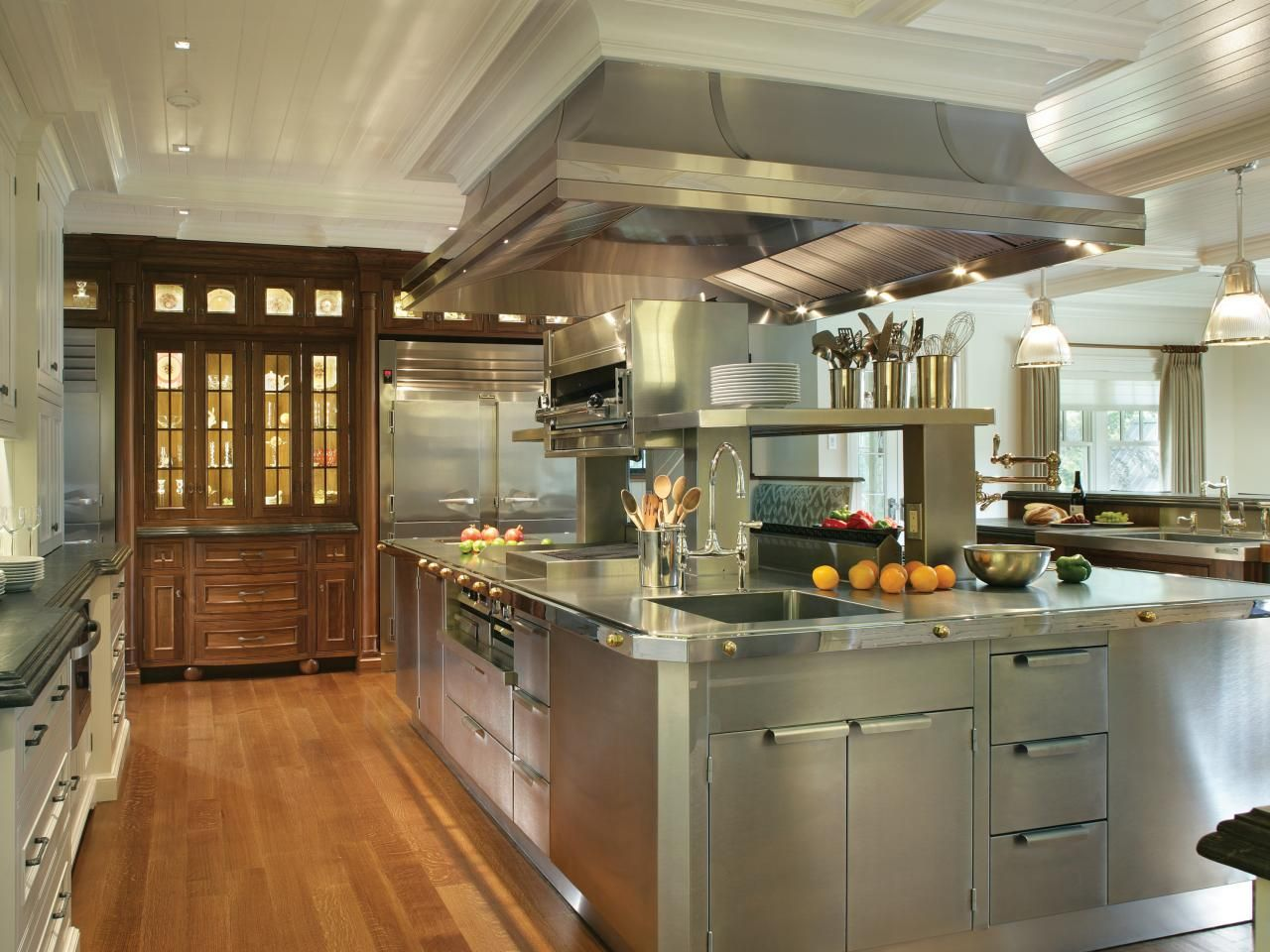 A Kitchen with The Presence of Hospitality | Hospitality, Hgtv and ...