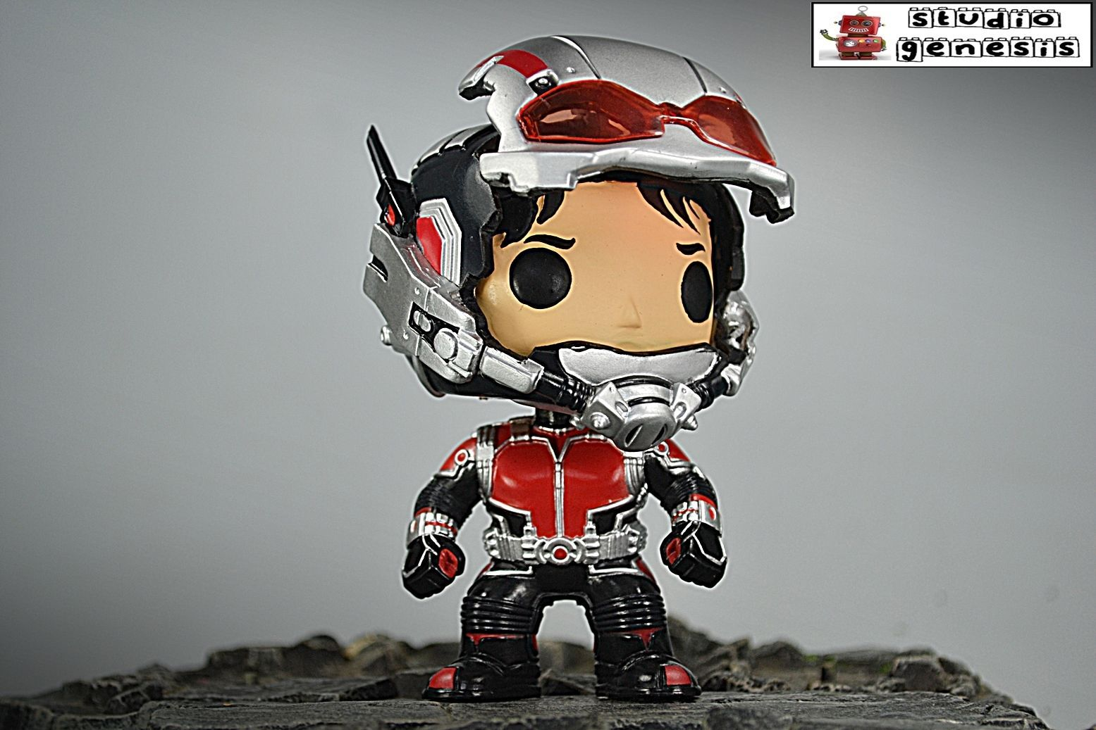 Funko Pop Ant Man Avengers Movie With Open And Closed Face