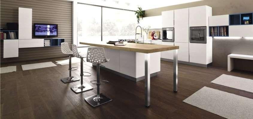 e soggiorno open space - Sala e cucina dello stesso colore