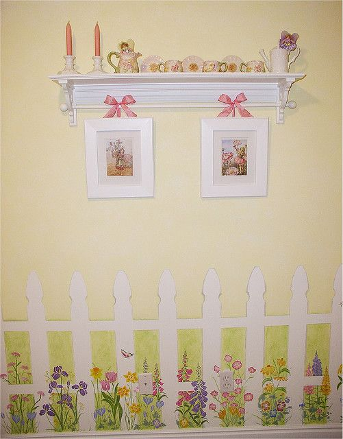 Awesome Love The Idea Of A Picket Fence In Jennas Room Ideas For Download Free Architecture Designs Oxytwazosbritishbridgeorg