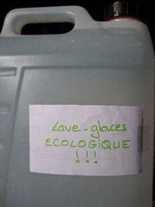 lave glace ecologique pour la voiture hiver comme t. Black Bedroom Furniture Sets. Home Design Ideas