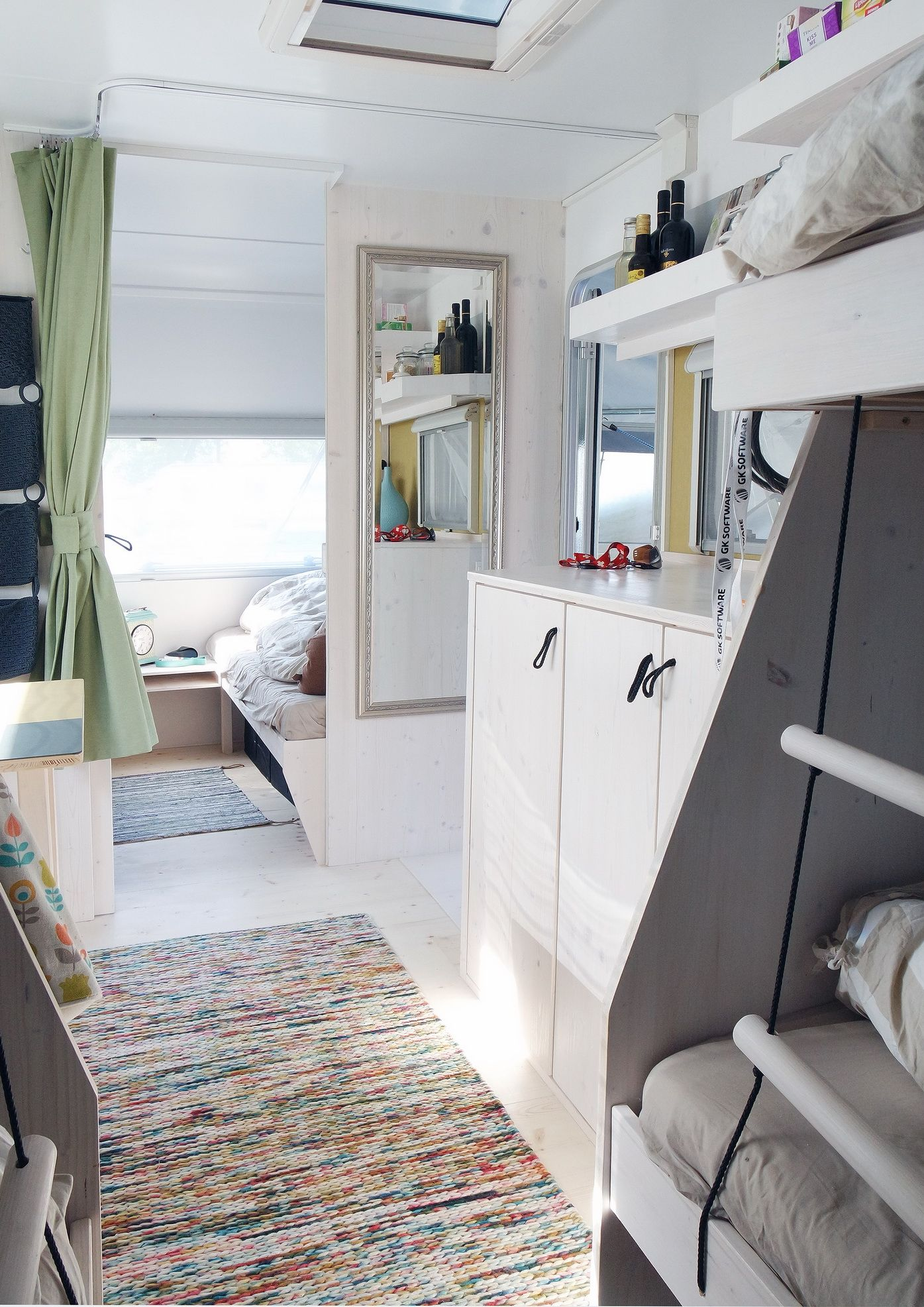 pin by sabrina lejeune on camping pinterest rv. Black Bedroom Furniture Sets. Home Design Ideas