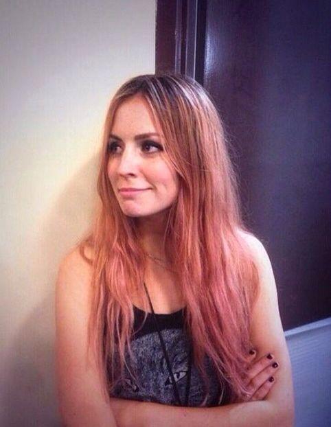 Gemma Styles Pink Hair Hair Styles Gemma Styles Awkward Peach Hair