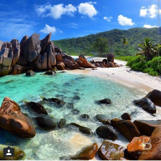 Seychelles Island Beaches: La Digue Island, Seychelles