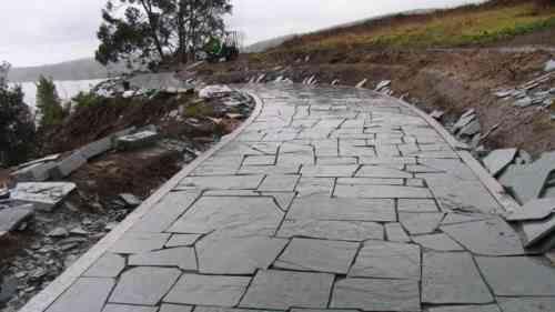 Revêtement terrasse  57 idées du0027inspiration pour les sols - faire une dalle en beton exterieur