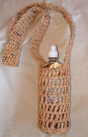 Free Crochet Pattern Water Bottle Holder : 5 Free Patterns for Crochet Water Bottle Holders Bottles ...