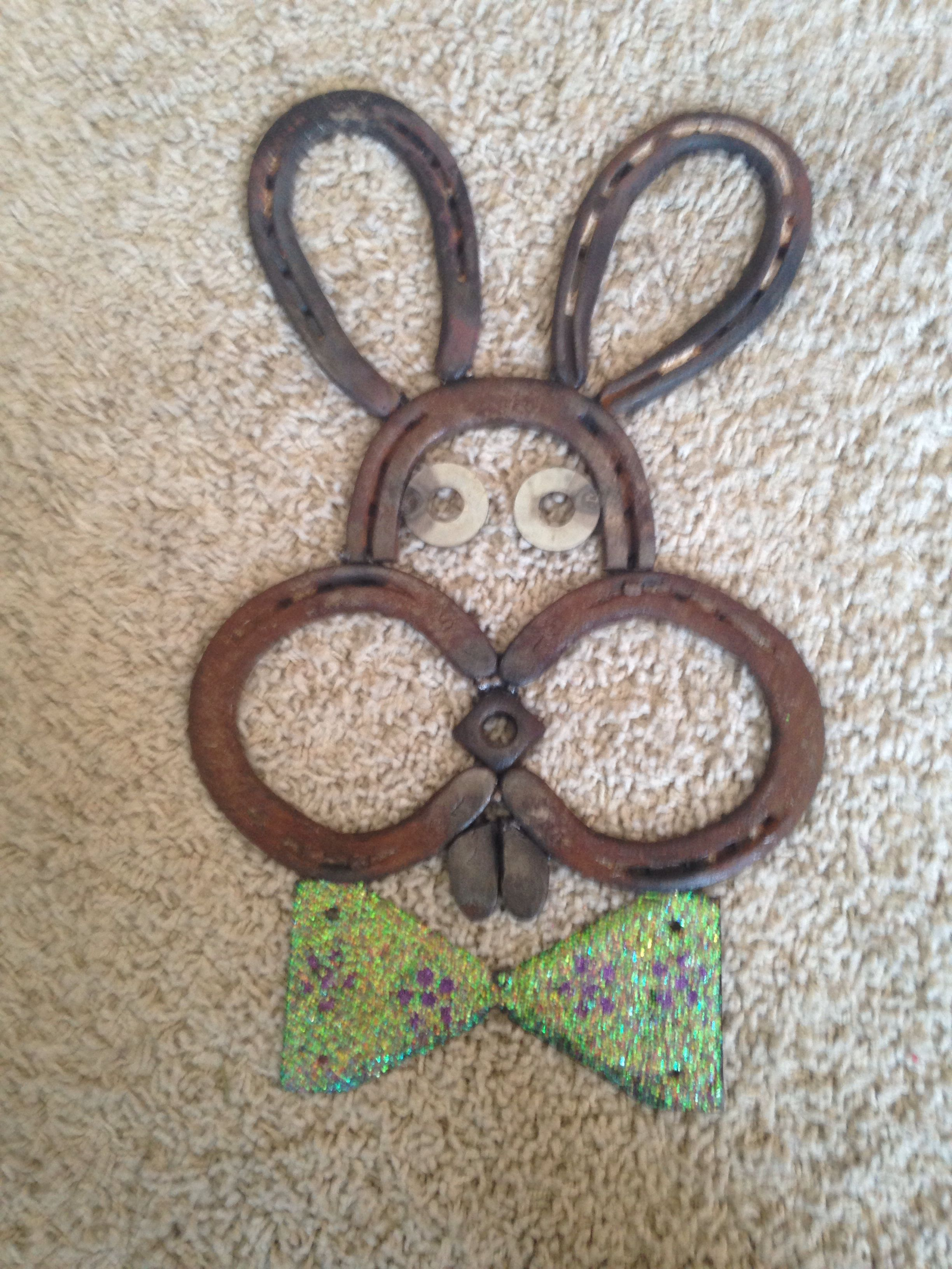 Horse shoe easter bunny repurposed pinterest horse for Horseshoe arts and crafts