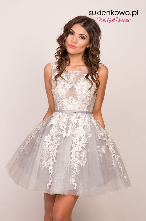 Sukienkowo Pl Zoe Rozkloszowana Sukienka Z Giupiura Szara Dresses Homecoming Outfits Pretty Dresses