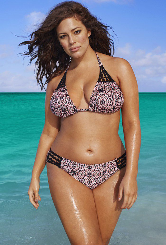 2fba2d2bda My new favorite place for plus-sized swimsuits! Curvy girls rock ...