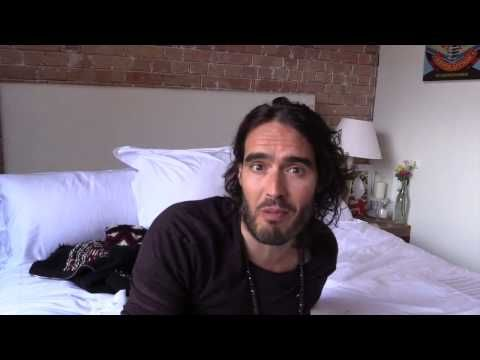 Does David Cameron Secretly Like ISIS? Russell Brand The Trews (E137) - YouTube